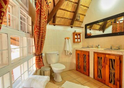 african-chalet4