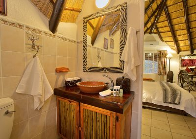 african-chalet7